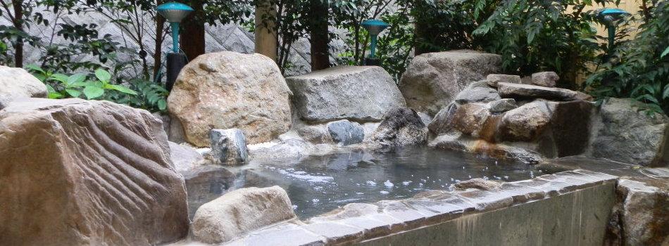 芦ノ湖ペンション森 露天風呂